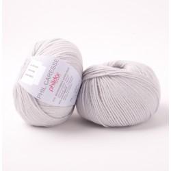 Laine layette à tricoter...