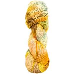 pelote de laine mechée...