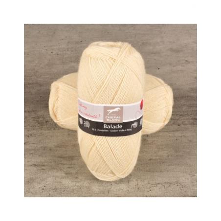 Pelote de laine pour chaussette laine Balade fils et laines Cheval Blanc